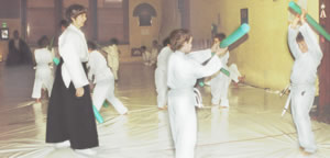 Kids doing Aikido